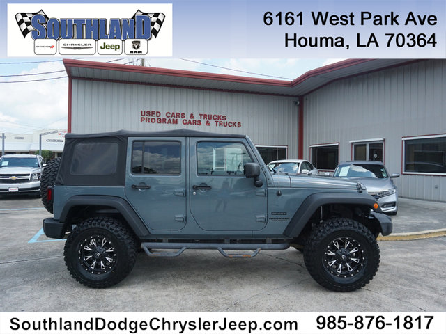 Pre-Owned 2014 Jeep Wrangler Unlimited Unlimited Sport 4WD