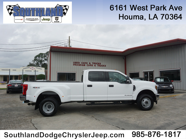 Pre-Owned 2018 Ford F-350 XLT 4WD 8 Box DRW