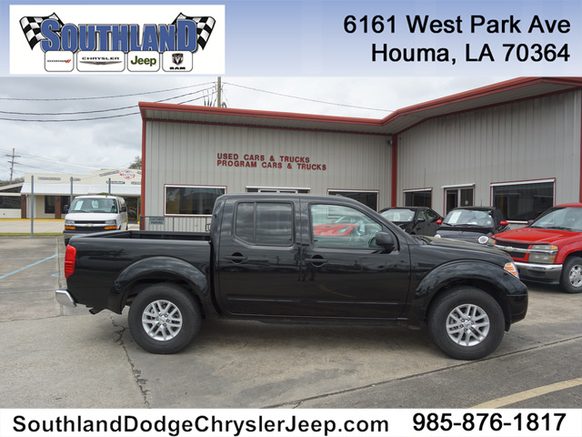 Pre-Owned 2018 Nissan Frontier SV 2WD