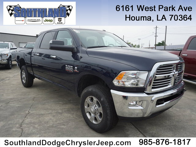 New 2018 RAM 2500 Big Horn 4WD 6.4 Box