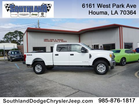 Pre-Owned 2017 Ford F-250 XLT 4WD 6.75 Box