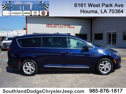 New 2018 CHRYSLER Pacifica Touring L FWD