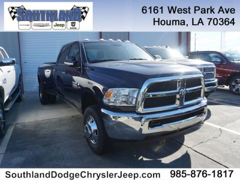 New 2018 RAM 3500 Tradesman 4WD 8 Box