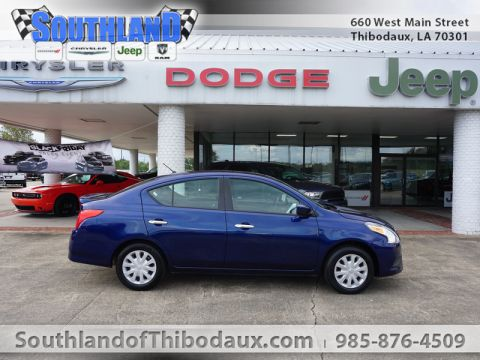 Pre-Owned 2018 Nissan Versa SV Front Wheel Drive 4 Dr Sedan