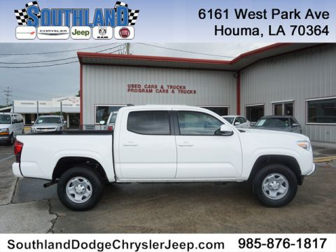 Pre-Owned 2018 Toyota Tacoma SR 4WD