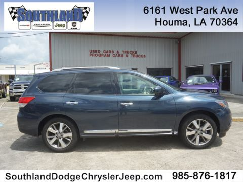 Pre-Owned 2013 Nissan Pathfinder Platinum 2WD
